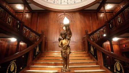 luxor-entertainment-attractions-titanic-grand-staircase.tif.image.450.254.high.jpg